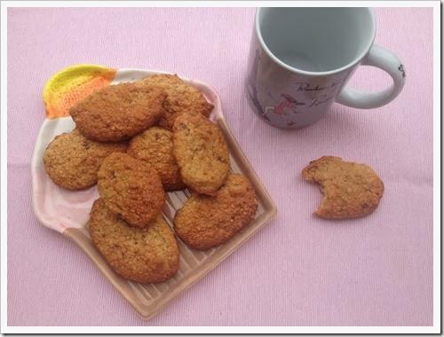 http://www.mammarum.com/2013/03/biscotti-mandorle-e-albumi-per-la.html