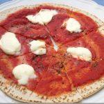 Una pizza per chi non ha voglia di impastare: la piada pizza!
