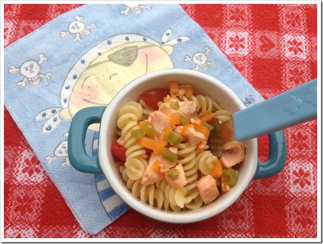 Ricetta Salmone Neonato.Ricette Di Pesce Per Bambini Pasta Veloce Con Salmone E Verdure Mammarum