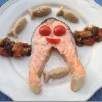 Il pesce rosa… ehm salmone in padella con pesciolini di cous cous e ratatouille!!